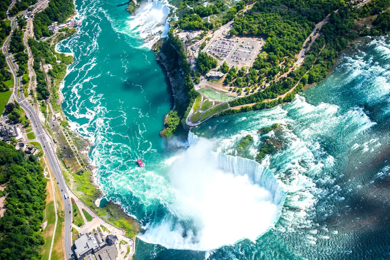 Niagara Falls helicopter view